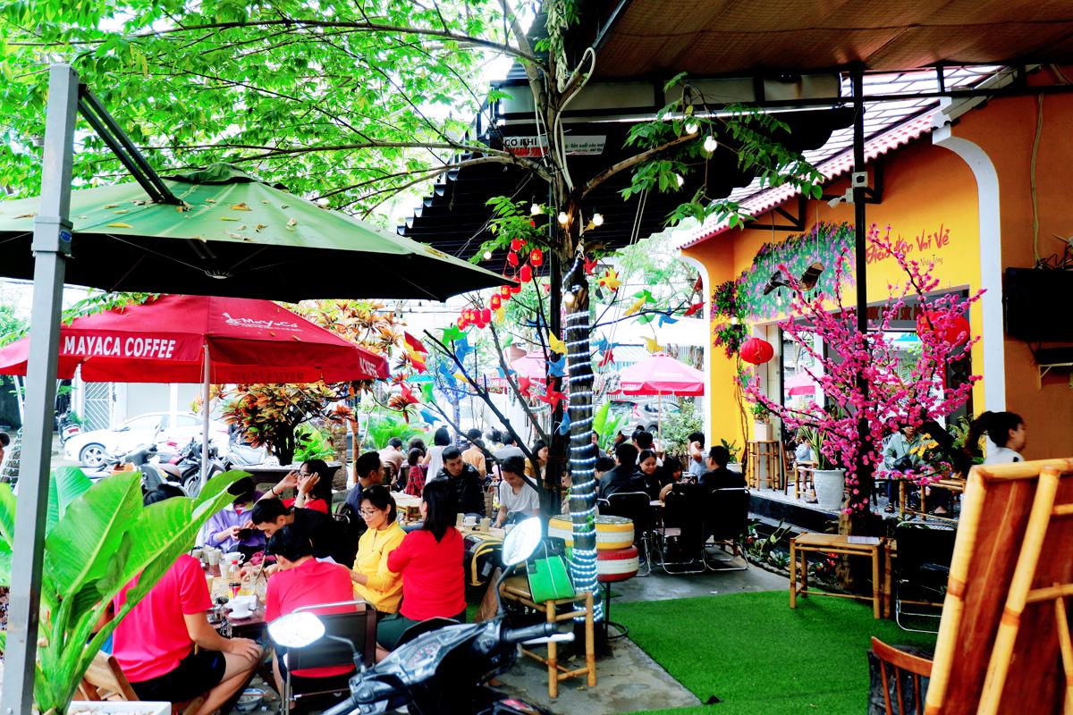 Quan-Cafe-143-Ly-Nhan-Tong-Setup-Boi-Mayaca-Team 9