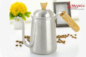 am-rot-nuoc-nong-cafe-thep-khong-gi-can-go-650-ml-mayacacoffee
