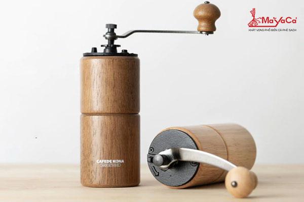 Cối xay cà phê cầm tay thân gỗ lưỡi thép