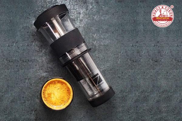Máy pha cà phê espresso bằng tay