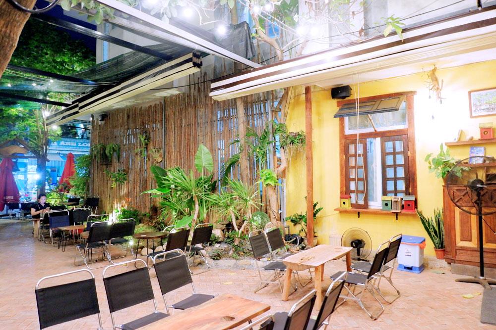Mayaca-Garden-Cafe-131-Pham-Nhu-Tang 17
