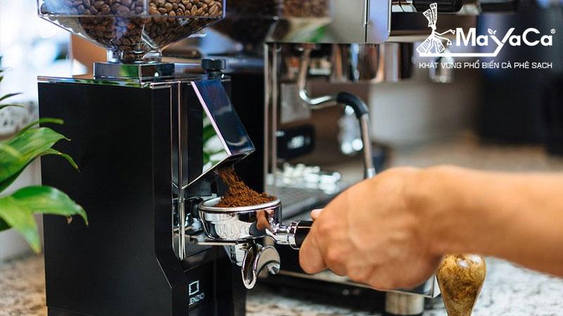cac-van-de-co-ban-khi-lam-ca-phe-espresso-1