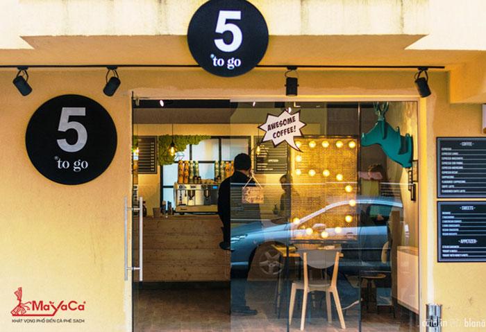 5-to-co-mo-quan-cafe-dau-tien