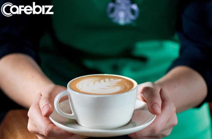 mot-tach-cafe-latte-cua-starbucks