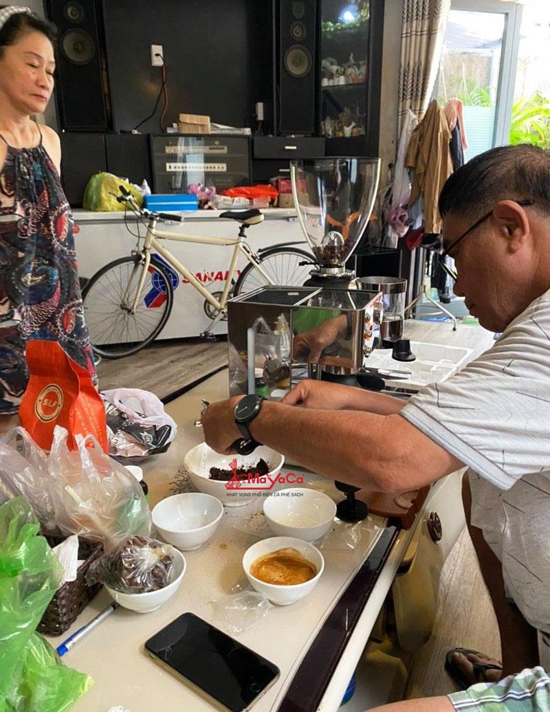 hinh-anh-lap-dat-may-xay-ca-phe-hc-600-mayacacoffee-2