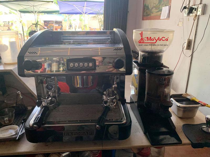 hinh-anh-sua-chua-may-cafe-casadio-expobar-wega-mayacacoffee-1