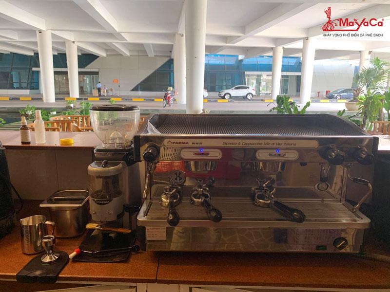 hinh-anh-sua-chua-may-cafe-casadio-expobar-wega-mayacacoffee-3