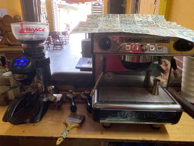 hinh-anh-sua-chua-may-cafe-simonelli-n900-bfc-mayacacoffee-1