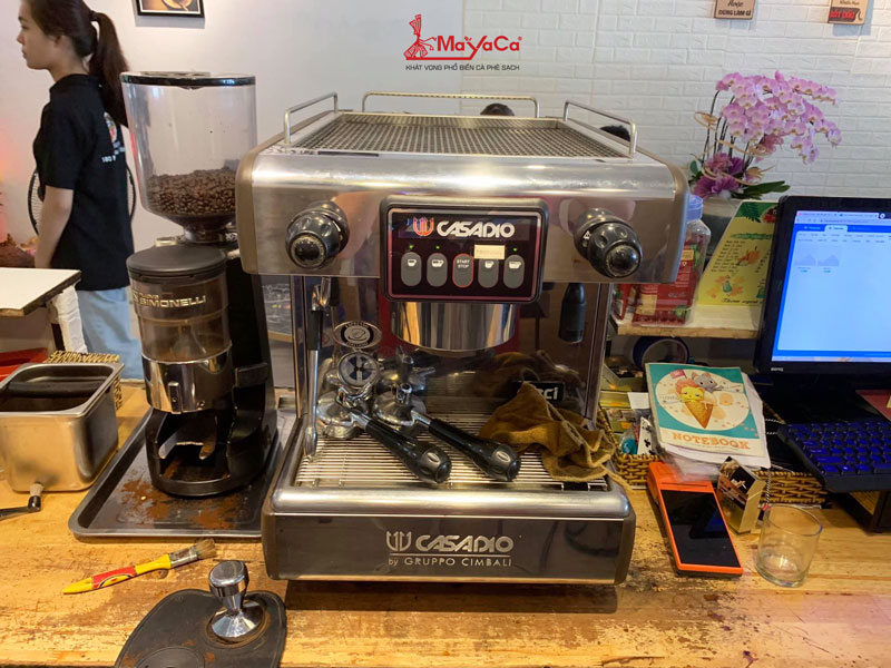 hinh-anh-sua-chua-may-cafe-simonelli-n900-bfc-mayacacoffee